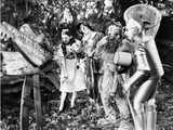 Wizard Of Oz Dorothy People Reading in Black and White Photo af Movie Star News