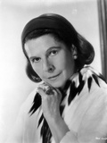 Ruth Gordon on Side view Portrait Photo by  Movie Star News
