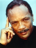 Quincy Jones Thinking Pose in Close Up Portrait Foto af  Movie Star News