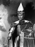 Yul Brynner standing in Egyptian Attire With Gold Photo by  Movie Star News