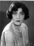 Rene Adoree on a Pearl Necklace and posed Photo by  Movie Star News