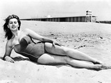 Sophia Loren posed at the Beach Photo autor Movie Star News