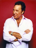 Tom Jones in Long sleeve Photo by  Movie Star News
