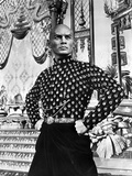 Yul Brynner standing in polka dot With Hands on Hip Photo by  Movie Star News