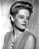 Alexis Smith Looking to the Left wearing a Beaded Necklace Photo by  Movie Star News