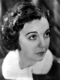 Zasu Pitts Looking Up Portrait Photo by  Movie Star News