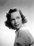 Teresa Wright Looking Afraid in Classic Photo by  Movie Star News