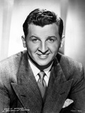 Eddie Bracken Posed in Black Suit With Head Leaning on Hand Photo by  Movie Star News