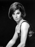 Stefanie Powers Posed in Black and White Portrait wearing Black Dress with Pearl Necklace Photo af Movie Star News