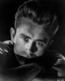 James Dean Portrait in White Round Neck Shirt and Arms Crossed with Eyes Looking Straight Photo af Movie Star News