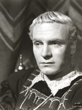 Laurence Olivier Priest Outfit Black and White Close Up Portrait Photo by  Movie Star News