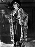 Pearl White Cast Member standing in Black Dress with Fur Coat Portrait Photo by  Movie Star News