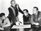 Bonanza Discussing with Three other Men in Black and White Portrait Photo by  Movie Star News