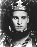 Laurence Olivier in King Outfit Black and White Close Up Portrait Photo by  Movie Star News