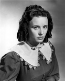 Jessica Tandy Portrait in Grey Blouse with White Broad Collar Photo by  Movie Star News