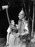 Wizard Of Oz Girl Dorothy Meeting the Tin Man Black and White Photo af Movie Star News