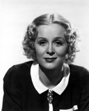 Gloria Stuart Red lipstick, Curly Hairdo wearing Black Dress Photo af Movie Star News