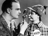 Edgar Bergen Checking Puppet's Face With Magnifying Glass Photo by  Movie Star News
