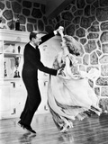 Fred Astaire and Ginger Rogers Dancing Passionately in Portrait Photo by  Movie Star News