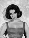 Elizabeth Taylor Posed in Tanktop Classic Portrait Photo by  Movie Star News