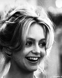 Goldie Hawn smiling Close Up Portrait Black and White Photo by  Movie Star News