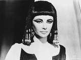 Cleopatra Posed in Elegant Dress with Dark Eyebrows Photo by  Movie Star News