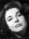 Anne Bancroft Facing Side View in Black and White Portrait Photo by  Movie Star News