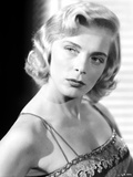 Lizabeth Scott Close Up Portrait Looking Sideways Photo by  Movie Star News
