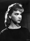 Anne Francis wearing Black Dress with Pearl Necklace Photo by  Movie Star News