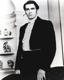 Laurence Olivier in Formal Outfit Black and White Portrait Photo by  Movie Star News