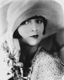 Louise Brooks Posed in polka dot Portrait with Big Hat Photo by  Movie Star News
