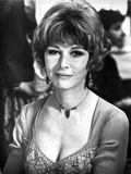 Lee Grant Portrait in Classic with Necklace and Earrings Photo by  Movie Star News