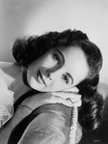 Elizabeth Taylor Lying in Chair Classic Portrait Photo by  Movie Star News