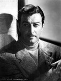 Robert Taylor Posed in Turtle Neck Shirt and Suit Photo by  Movie Star News