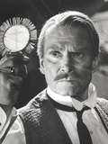 Laurence Olivier Preforming Magic in Formal Outfit Photo by  Movie Star News