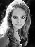 Sondra Locke Looking Pretty in a Close Up Portrait Photo by  Movie Star News