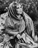 Elizabeth Taylor Posed in a Classic Movie Scene Photo by Bob Penn