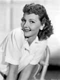 Mary Martin Leaning Forward and smiling Portrait Photo av  Movie Star News