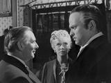 Citizen Kane Three People Talking in Movie Scene Photo by  Movie Star News
