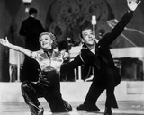 Fred Astaire and Ginger Rogers Kneeling in Finale Photo by  Movie Star News