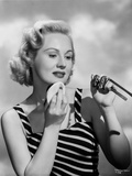 Virginia Mayo Powdering Chin with Powder Pad Photo by  Movie Star News