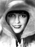 Louise Brooks smiling with Big Hat Portrait Photo by  Movie Star News