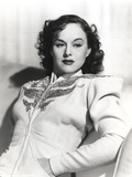 Paulette Goddard sitting and Leaning Portrait Photo by  Movie Star News