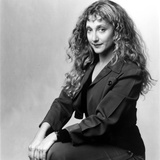 Carol Kane on Long Sleeve Dress and sitting Photo by  Movie Star News