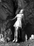 Carole Landis in a Checkered Bra and Skirt Photo by  Movie Star News