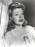 Alice Faye Leaning on the Wall wearing a Blouse Photo by  Movie Star News