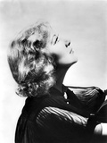 Una Merkel Sideview and Looking Up Portrait Photo by  Movie Star News