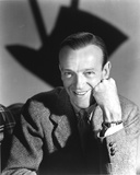 Fred Astaire Posed in Black and White Portrait Photo by  Movie Star News