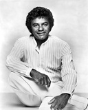 Johnny Mathis in White With White portrait Photo by  Movie Star News