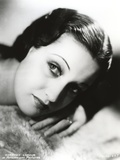 Dorothy Lamour Portrait in Classic with Ring Photo by  Movie Star News